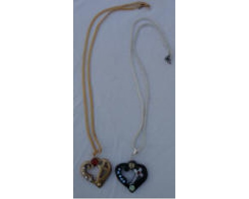 AH-777-WJ-04     Wooden Pendant  with Gold & Silver Plating Chain