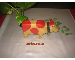 AH-777-WM-02  Wooden Model Cow